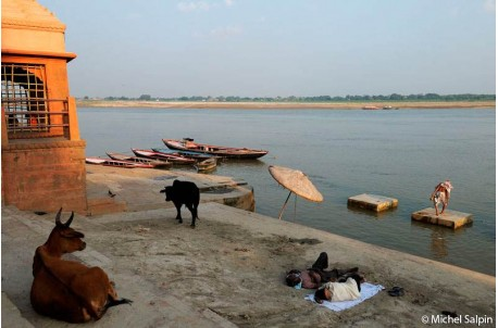 Sur les bords du Gange