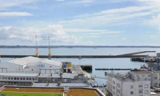 Panorama du port de commerce à Brest