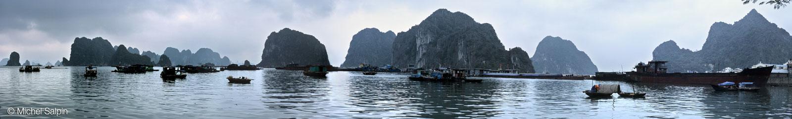 Le port de Hongai au Vietnam