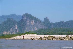 Luang-prabang-nong-kiaw-laos-012