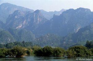 Luang-prabang-nong-kiaw-laos-028