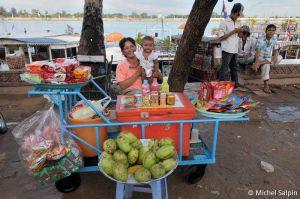 Phnom-penh-cambodia-001