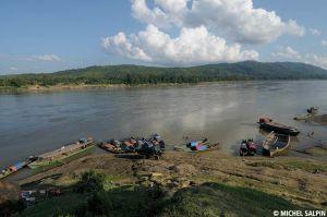 Sinbo-bhamo-myanmar-12