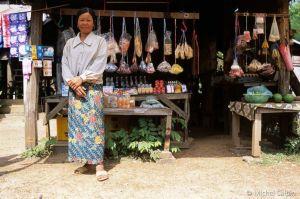 Tha-khaek-laos-03