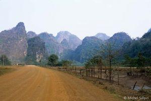 Tha-khaek-laos-33