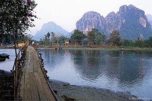 Vang-vieng-laos-046a001