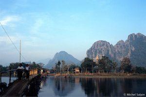 Vang-vieng-laos-046a002