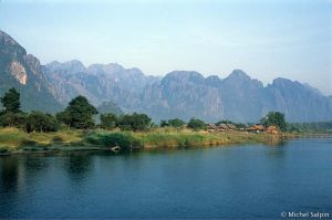 Vang-vieng-laos-046a003