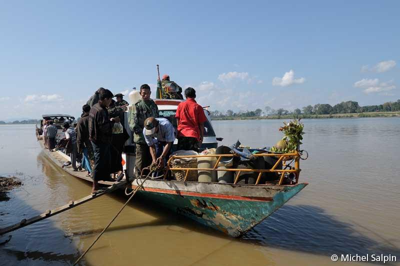 De Myitkyina à Simbo