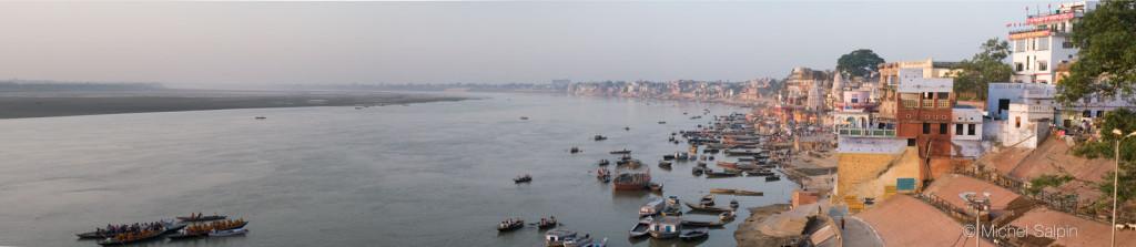 Panorama de Varanasi au bord du Gange